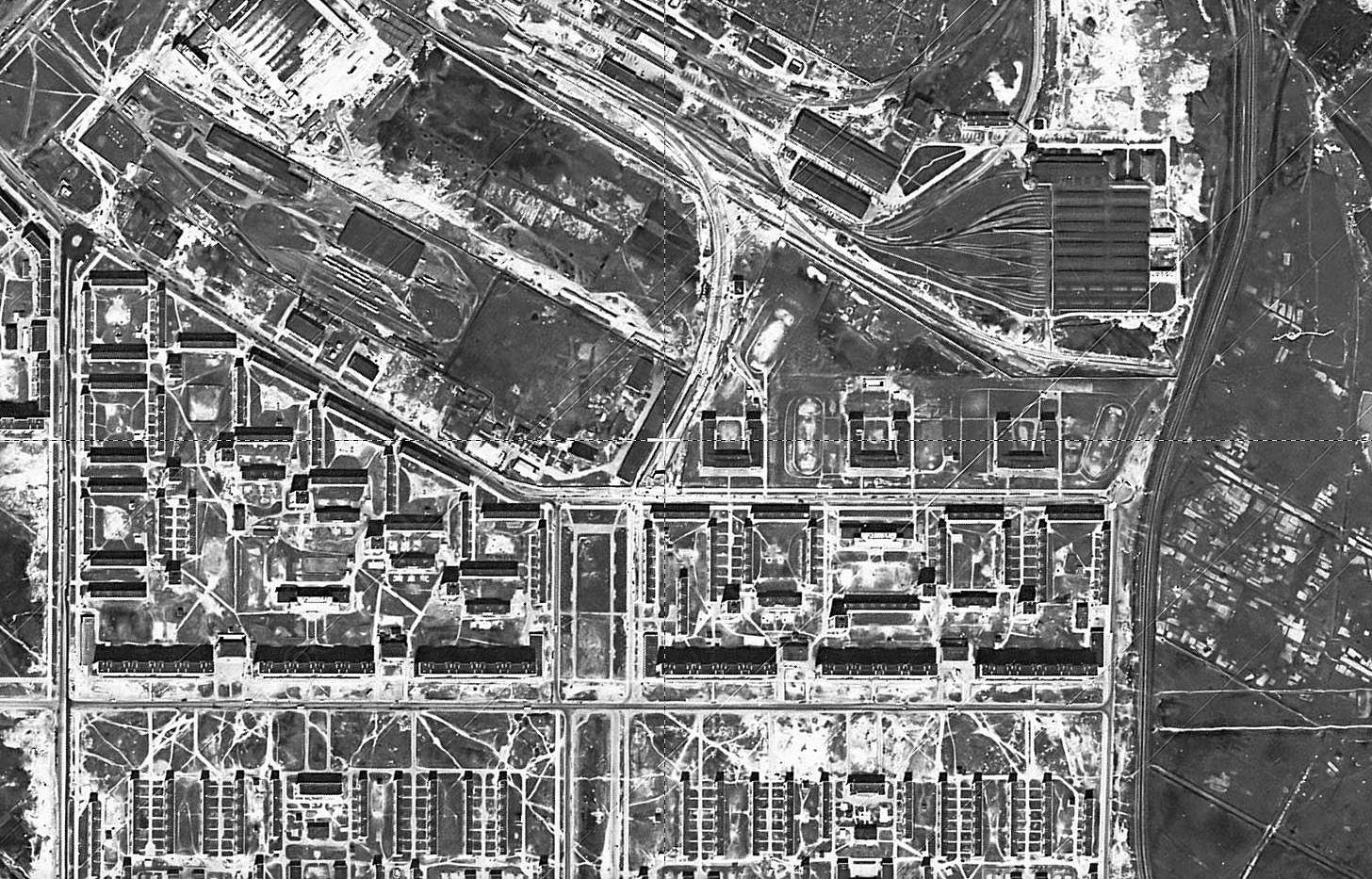 Immagine satellitare di Dachnoe e stazione della metropolitana, 1966, CIA