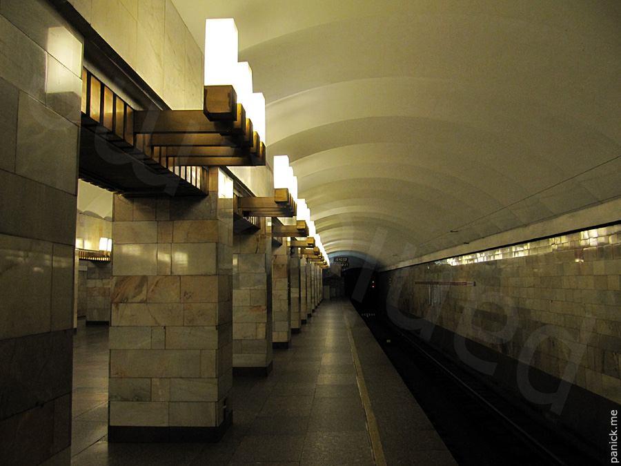 Питерское метро, станция Гражданский проспект