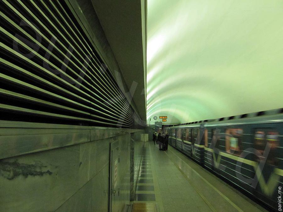 Питерское метро, станция Чернышевская