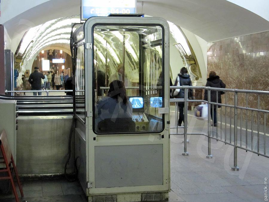 Питерское метро, станция Площадь Восстания