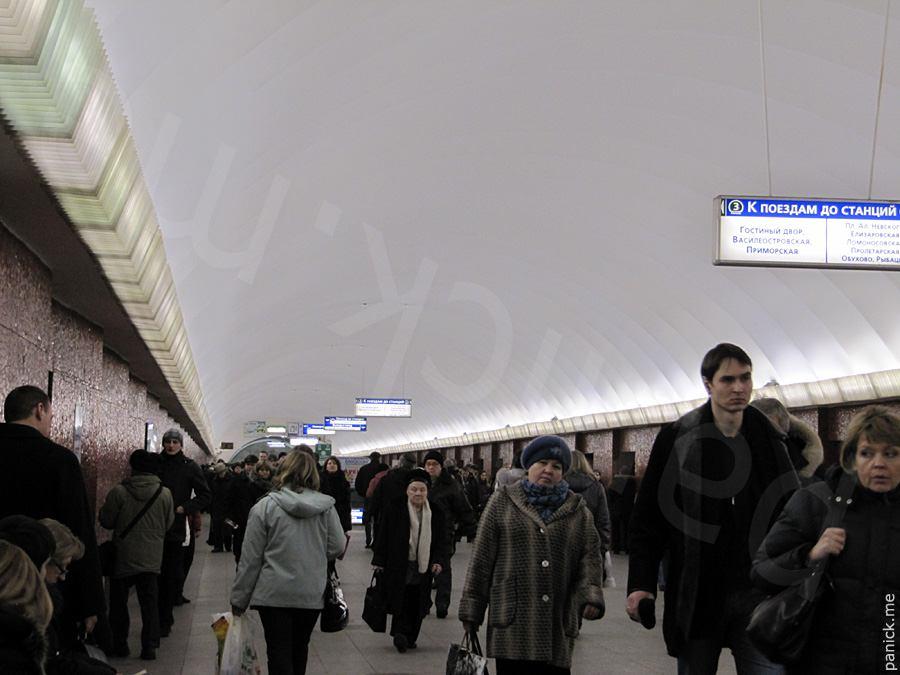 Питерское метро, станция Маяковская