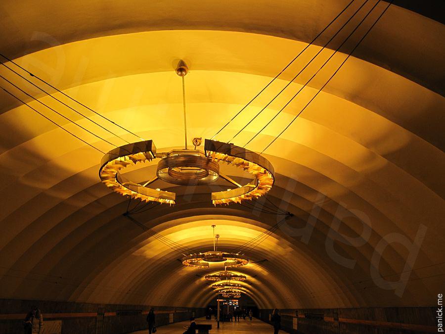 Питерское метро, станция Новочеркасская