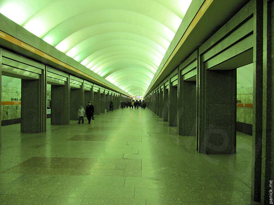 Питерское метро, станция улица Дыбенко